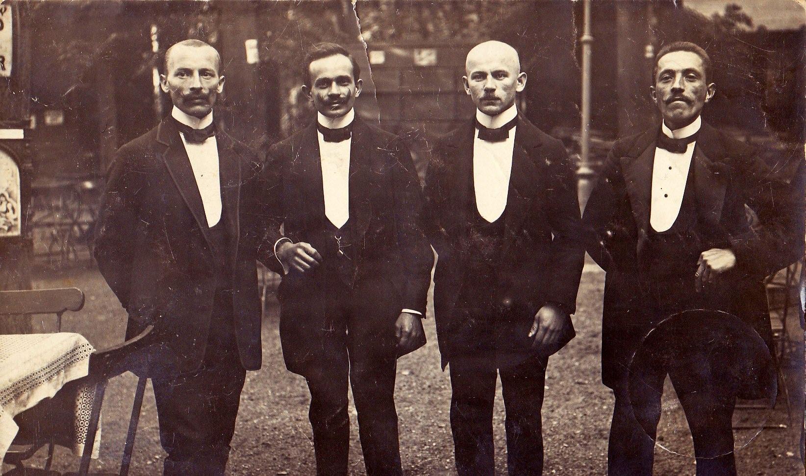 Kelnerzy z Wrocławia, 1913